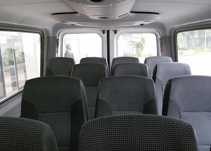 mercedes-minibus-20160703_081448-lee-dingain-420x300