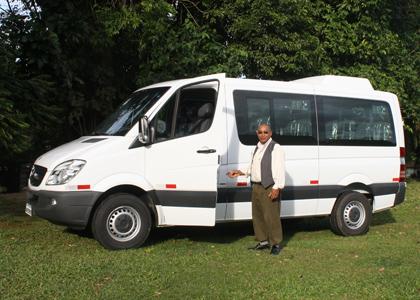 new-van-nicholas-locke-420x300